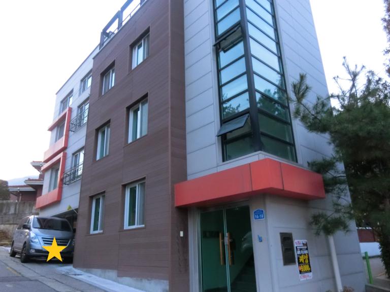 「春の夜」ユ・ジホが住んでいたアパート