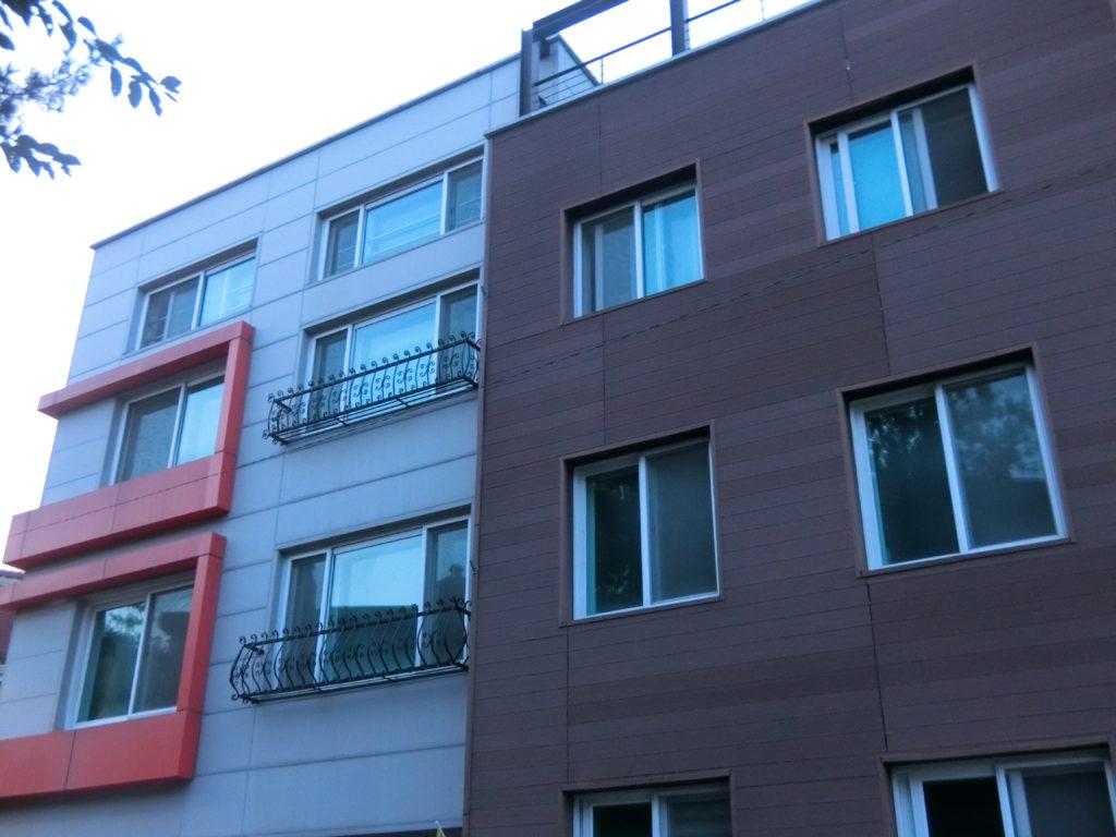 「春の夜」ユ・ジホが住んでいた部屋外観