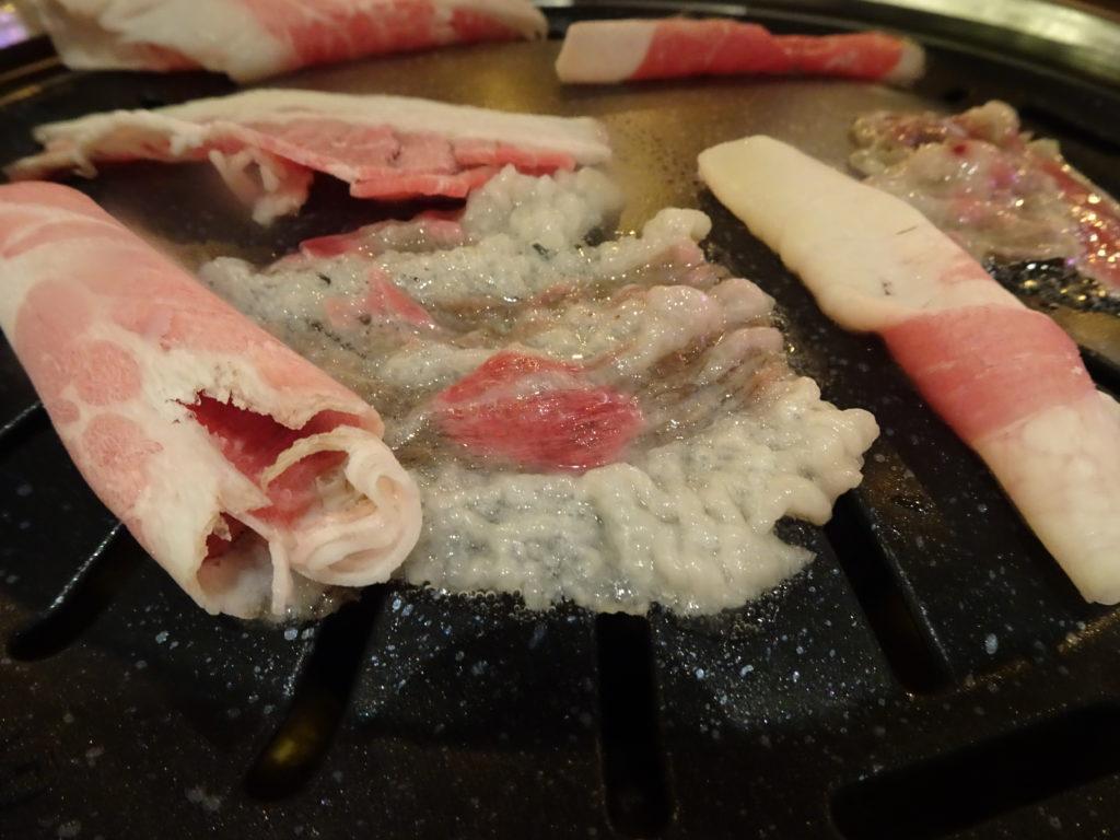 イチャドル弘大店のチャドルバキを焼く