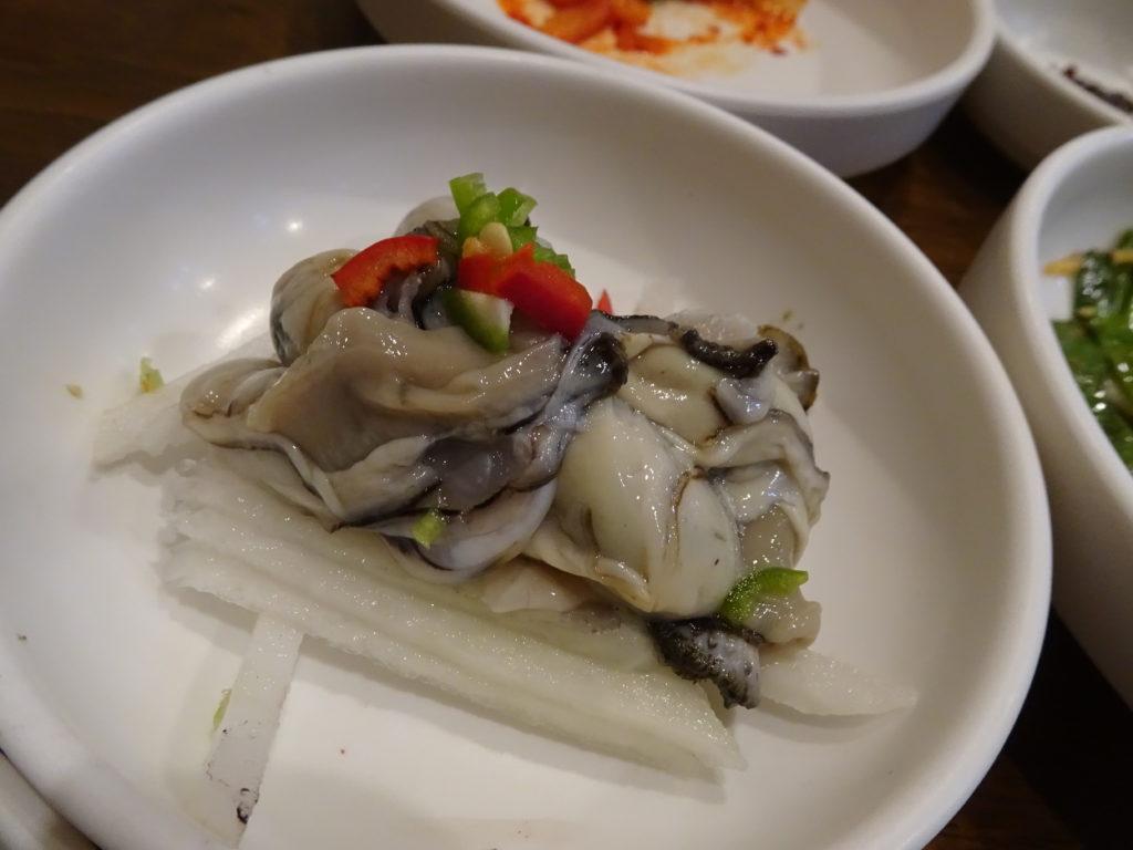 牡蠣専門店モリョの生牡蠣