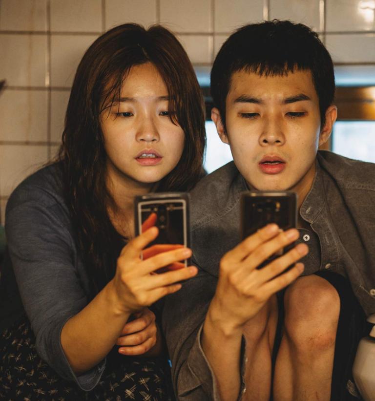韓国映画【パラサイト 半地下の家族】