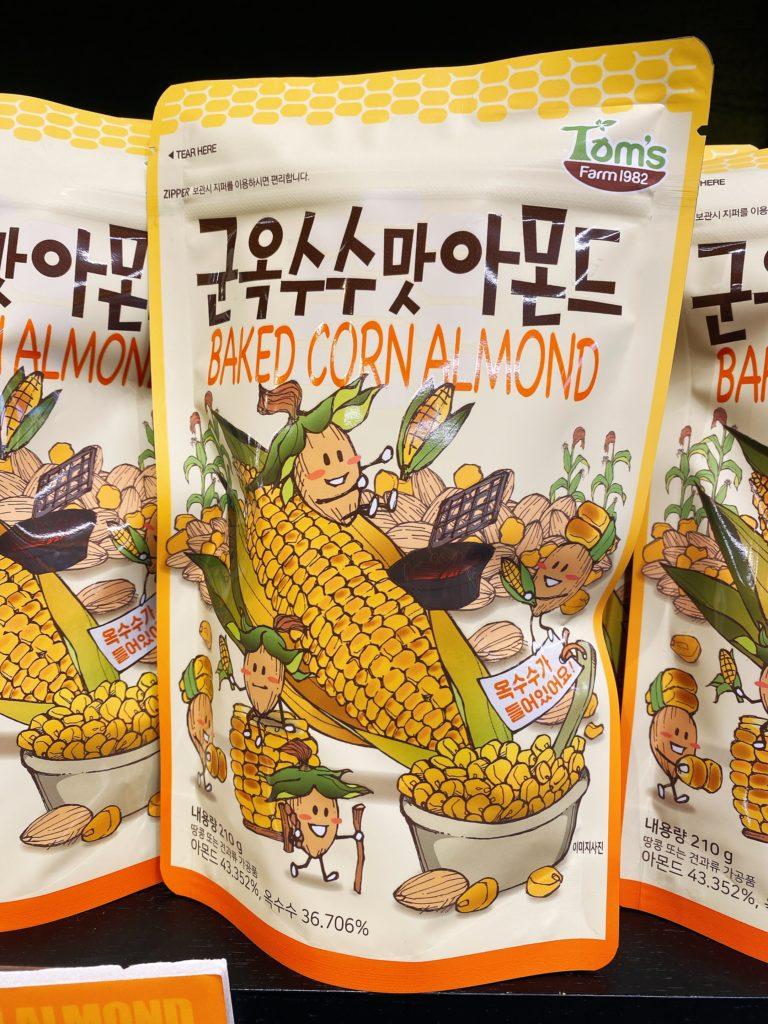 韓国お土産で人気のTom'sのアーモンド とうもろこし味
